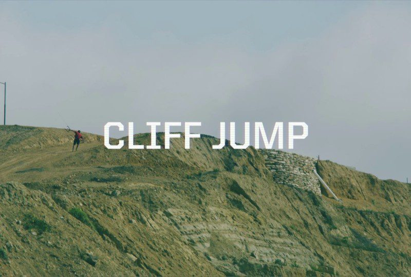 aer 800x540 - Cliff Jumping