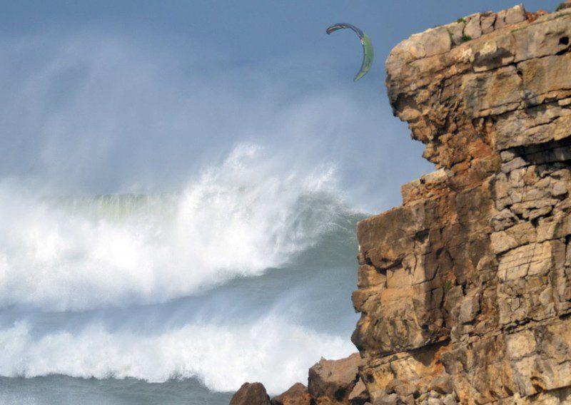 big wave crash 800x568 - Big Wave Crash