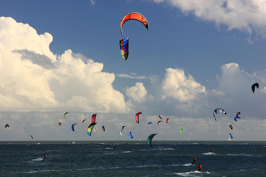 uk1 - Kitesurf Armada @ Cape Town!