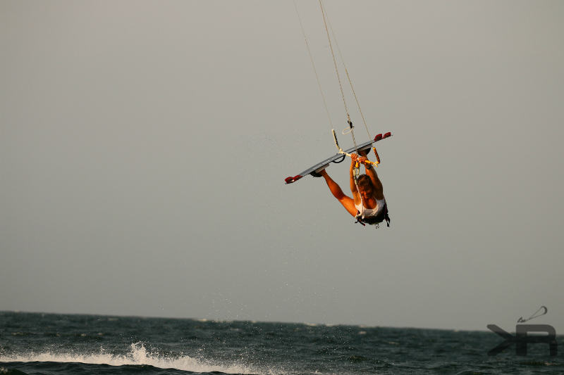 Promo KR LOGO 5658 - Kite & Yoga Girls Week in Roatán