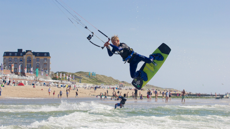 BG002587 - Global Kite Team Series