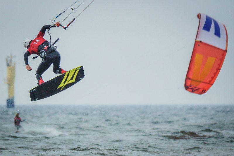 BG002956 800x533 - Global Kite Team Series