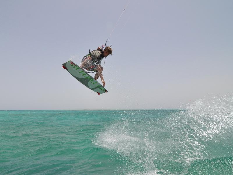 kitespot somabay 01 20141207 1545375542 - Tornado/IKO Kiteboard Master Clinic