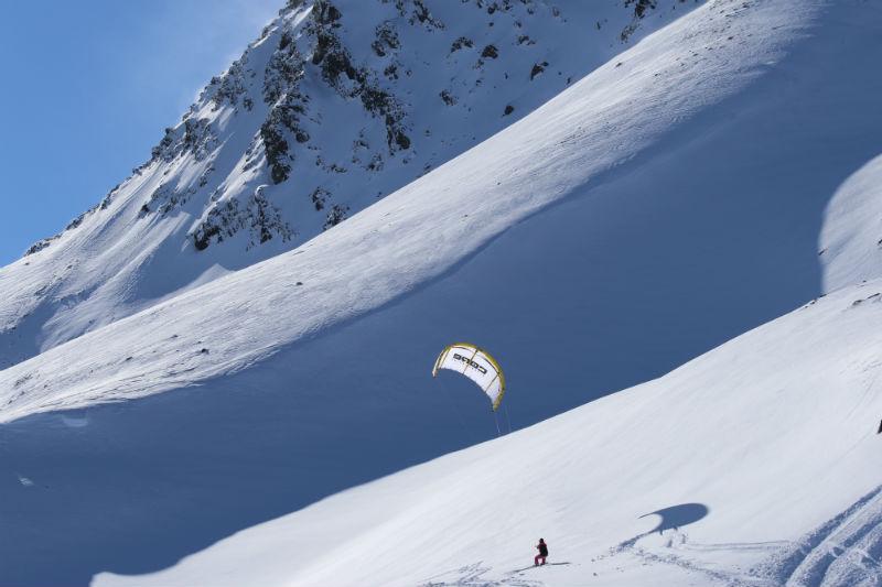1D7A3289 - Snowkiting in Alaska