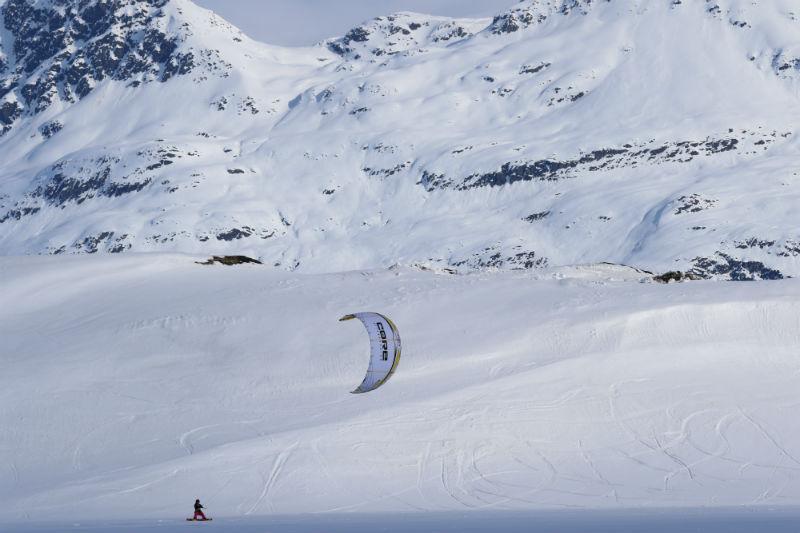 1D7A5491 - Snowkiting in Alaska