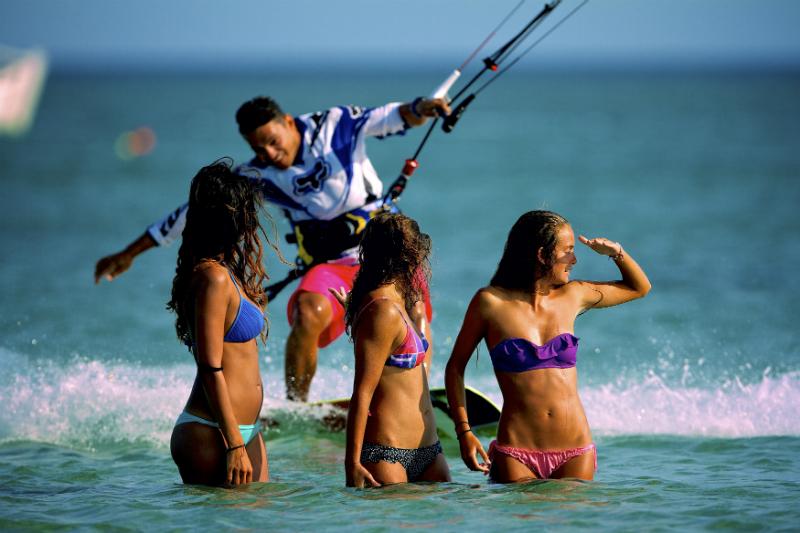 DS 2315 - SPOT CHECK: Surf Club Keros, Limnos Island