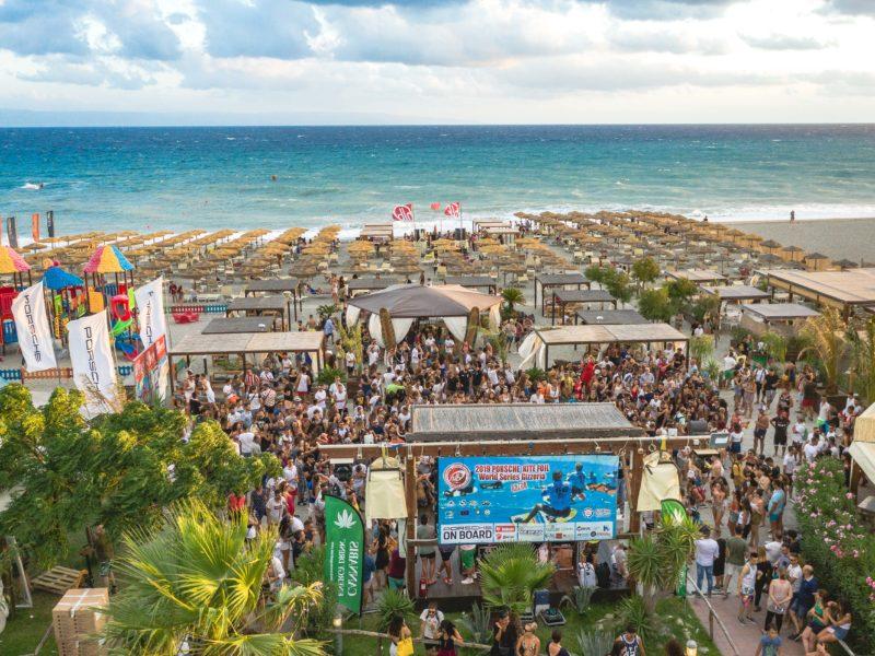HLB2019 ©mTwoMedia 0345 800x600 - Hang Loose Beach - Calabria, Italy