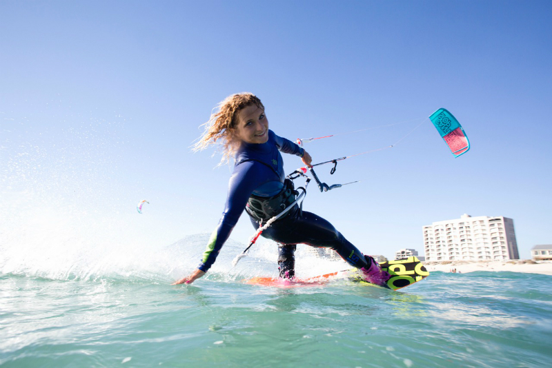 2M8A6676 - KITE BABES: Hang Loose Kite Girls Camp 2015