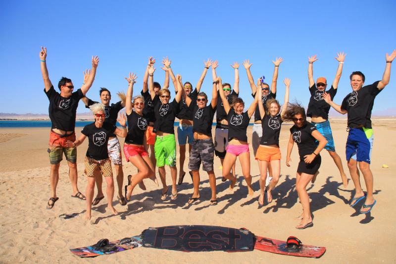 img3 - Founders Kite Club: High Flying Businessmen