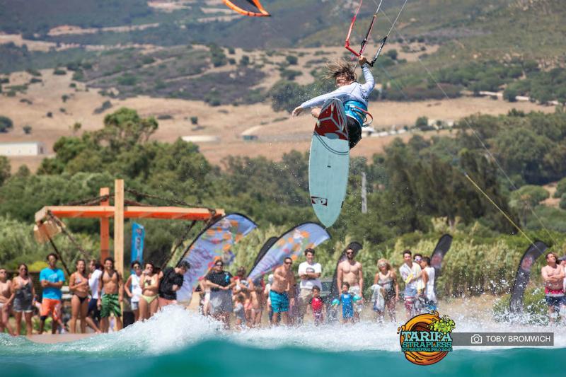 Tarifa Strapless kitesurfing pro dia 1 00029 - Airton wins Tarifa Strapless Kitesurfing PRO