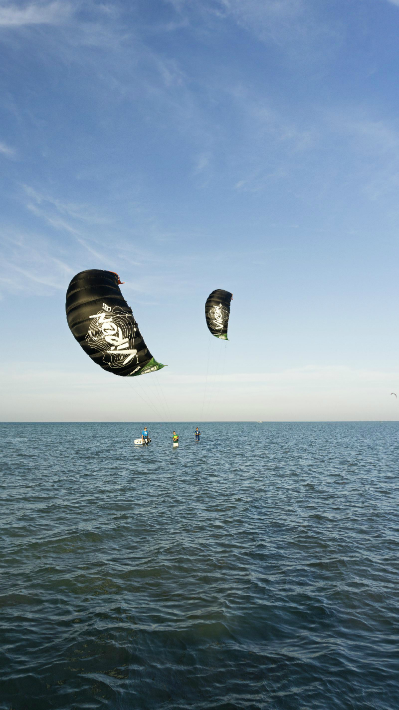 DSC5453 cs1 - Flysurfer's VIRON2 DLX 8.0m released!