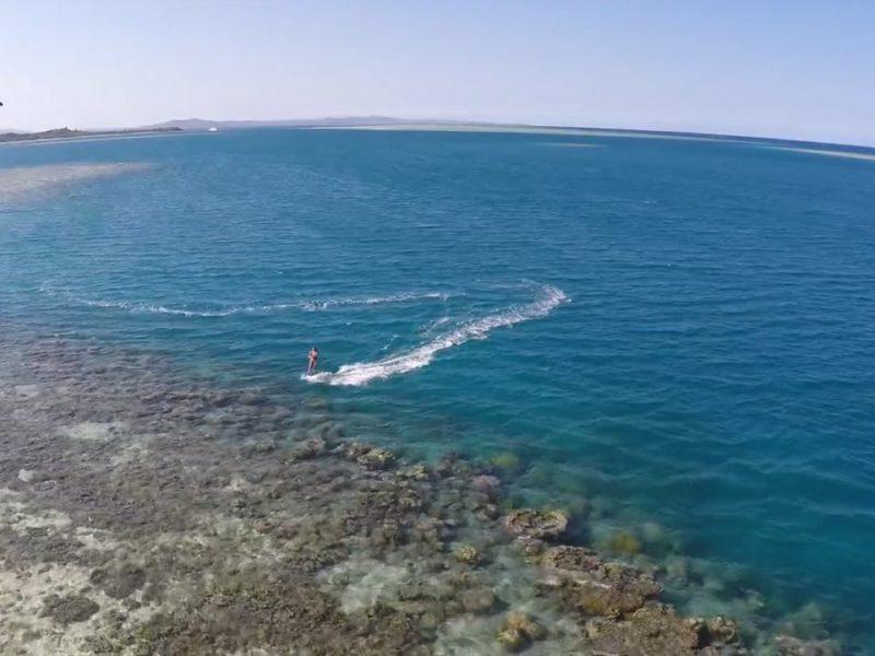 fiji times kiteboarding over ree 800x600 - Fiji times - Kiteboarding over Reef