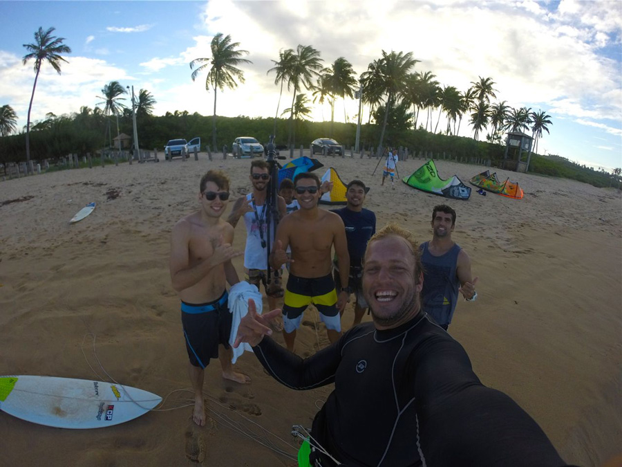 local vibe - PASSEIO: A family kitesurf trip
