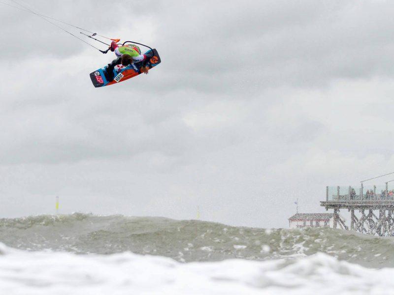 liam whaley 2015 kitesurfing wor 800x600 - Liam Whaley - 2015 Kitesurfing World Champion