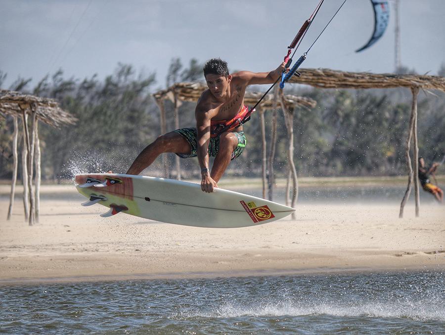 FullSizeRender 8 - Alex Neto joins RRD International Kitesurf Team