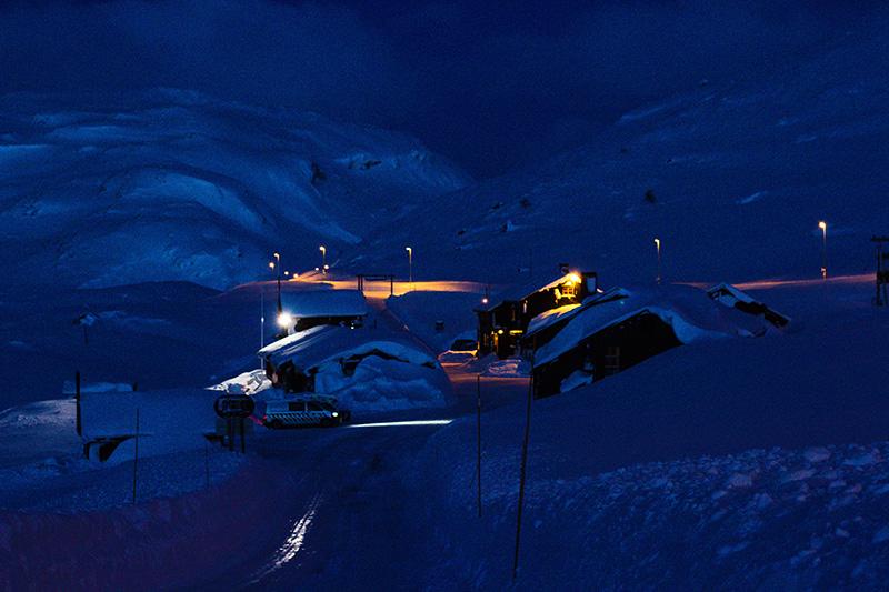 IMG 1664 - CLOSED ROADS - A Norwegian snowkite adventure