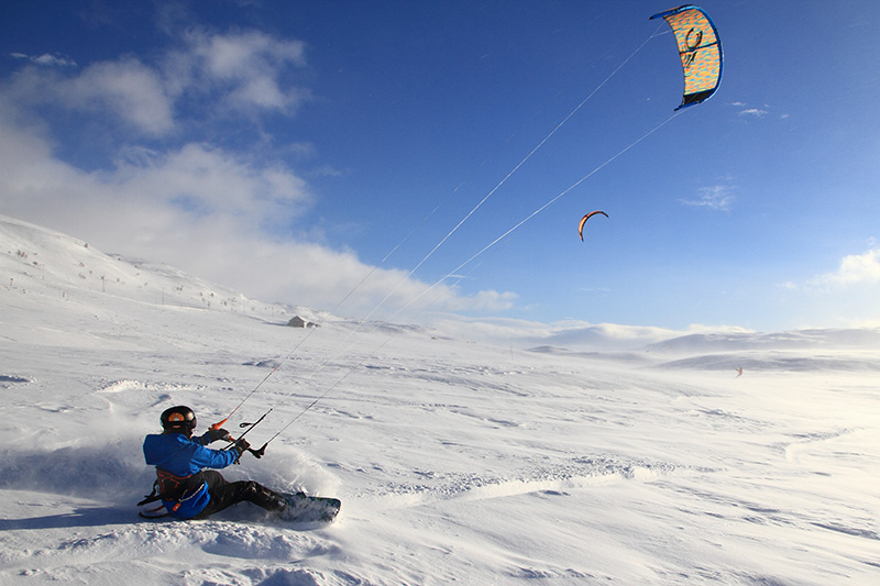 IMG 3078 - CLOSED ROADS - A Norwegian snowkite adventure