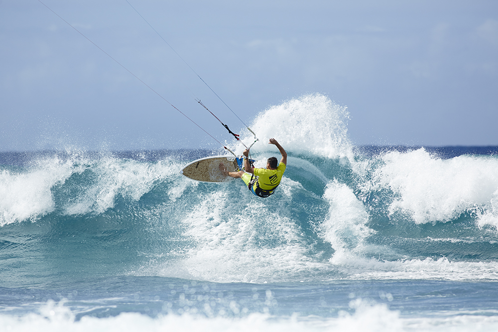 Close Encounters - TheKiteMag issue #12