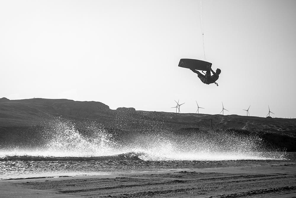 Feel the force PHOTO CREDIT LACI KOBULSKY 6 - TheKiteMag issue #14