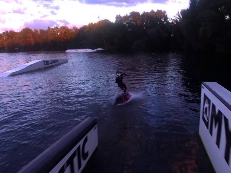 aaron hadlow at liquid leisure w 800x600 - Aaron Hadlow at Liquid Leisure Wakeboard Park