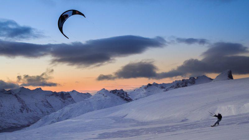 Hans Henrik kite 7865 1 800x450 - Arctic Winter - Hans-Henrik Grøn in Norway