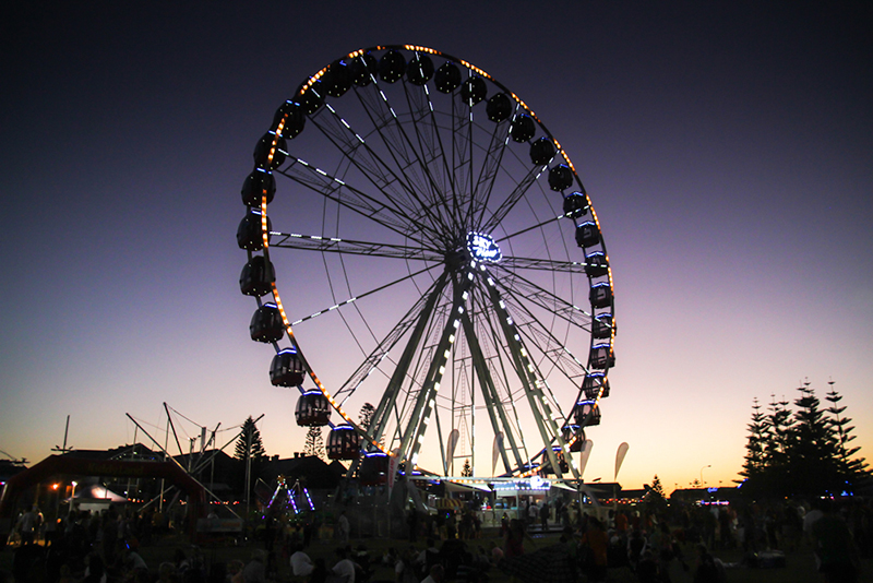 Fremantle ferris wheel 2016 12 07 12 05 40 UTC - On The List: Australia