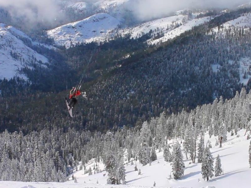 snow returns to sierra nevada 800x600 - The snow is BACK in Sierra Nevada