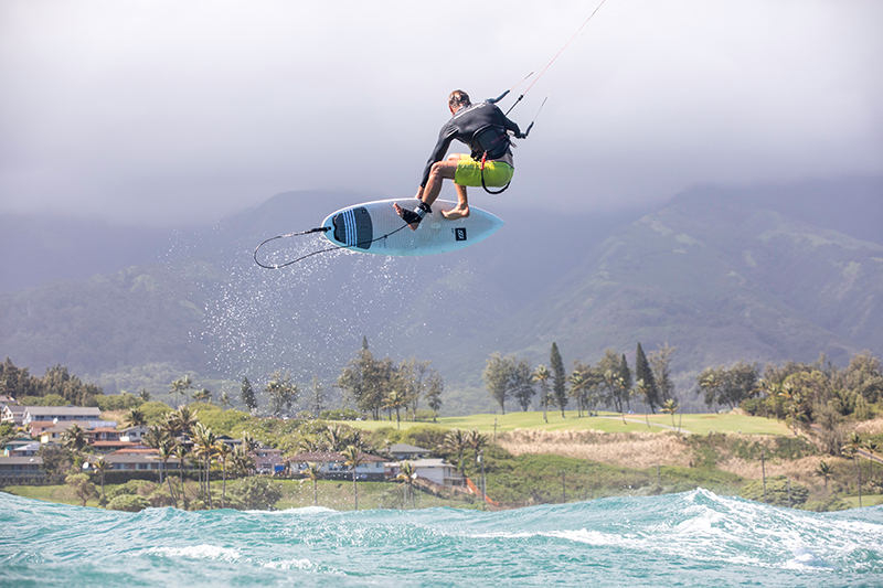 toby comes to town - TheKiteMag issue #18