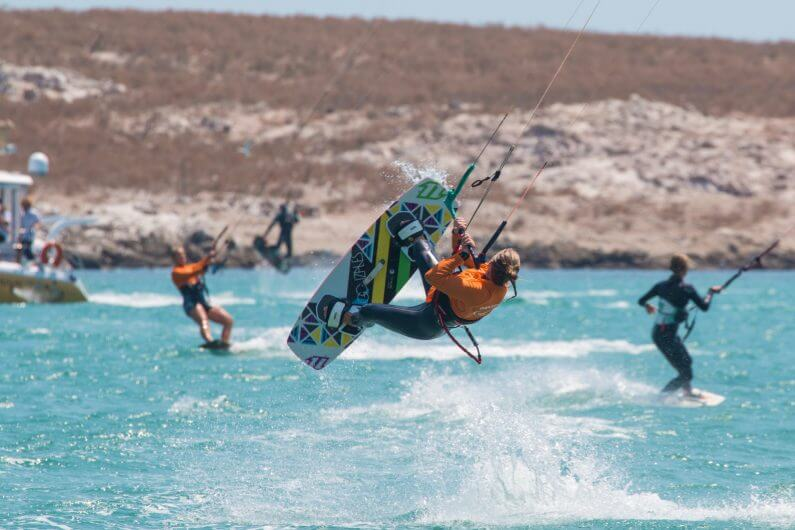 Kiters.7 795x530 - Kitesurfing holidays in South Africa