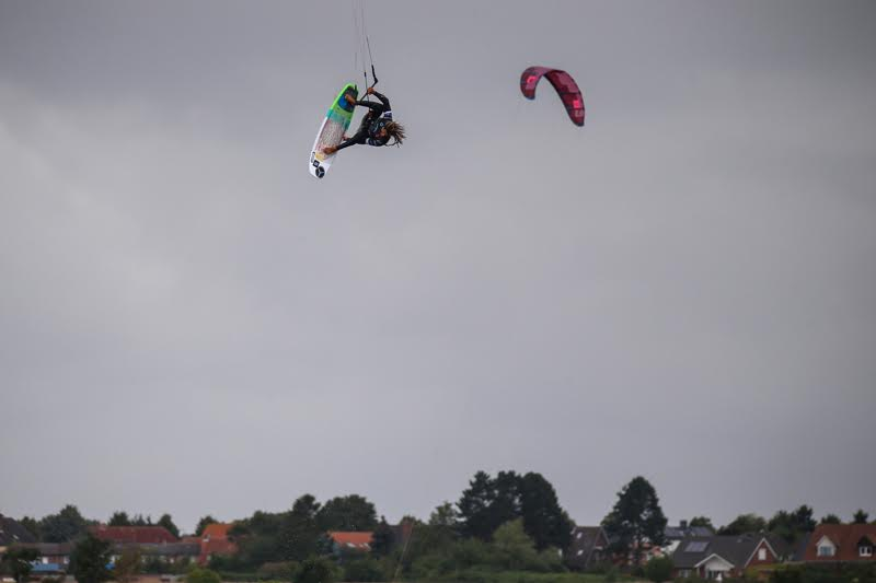 1 1 - Airton Triumphs in a Big-Air Feast at Fehmarn