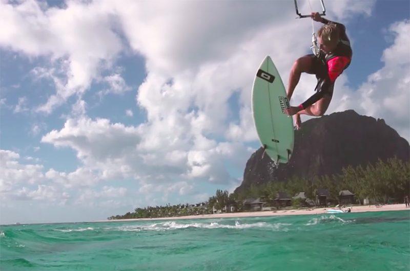 sa 800x530 - Gone Surfing - Steven Akkersdijk