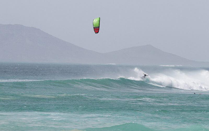 Peter Lynn kiteboarding Swell V3 2 800x500 - PETER LYNN KITEBOARDING SWELL V3