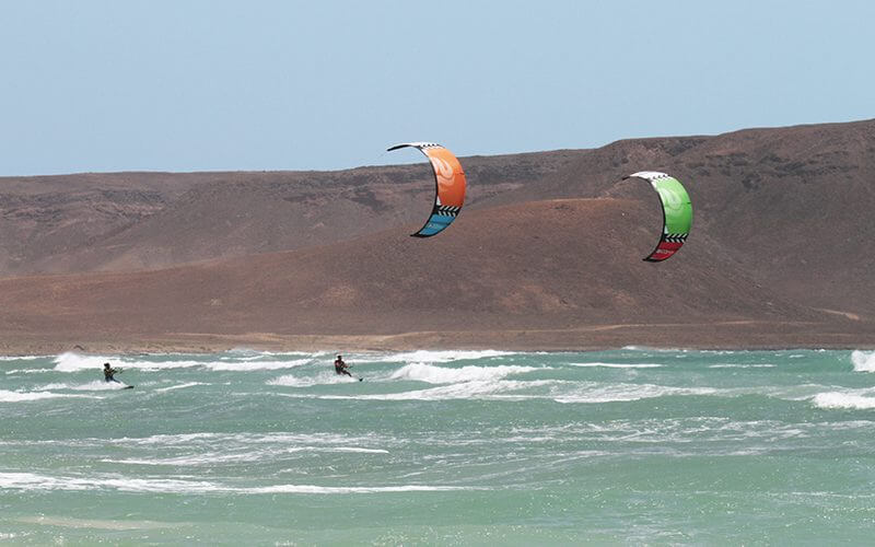 Peter Lynn kiteboarding Swell V3 8 800x500 - PETER LYNN KITEBOARDING SWELL V3