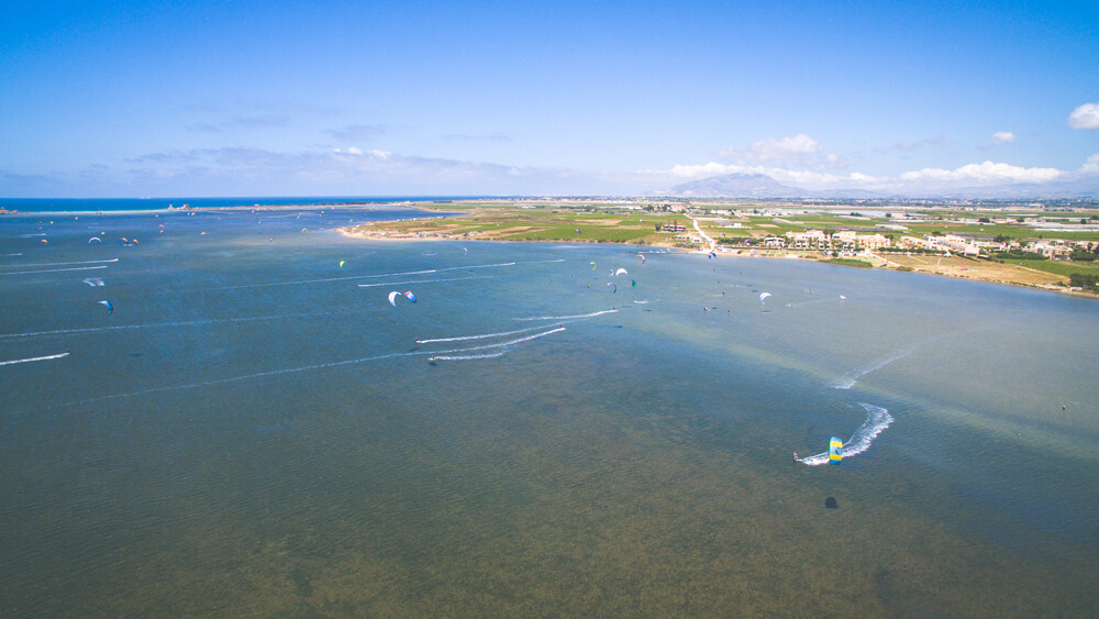 sicily - Great flat water lagoons to learn to kitesurf