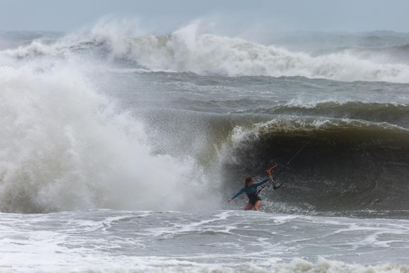 Em Backside - The Cape Hatteras Wave Classic