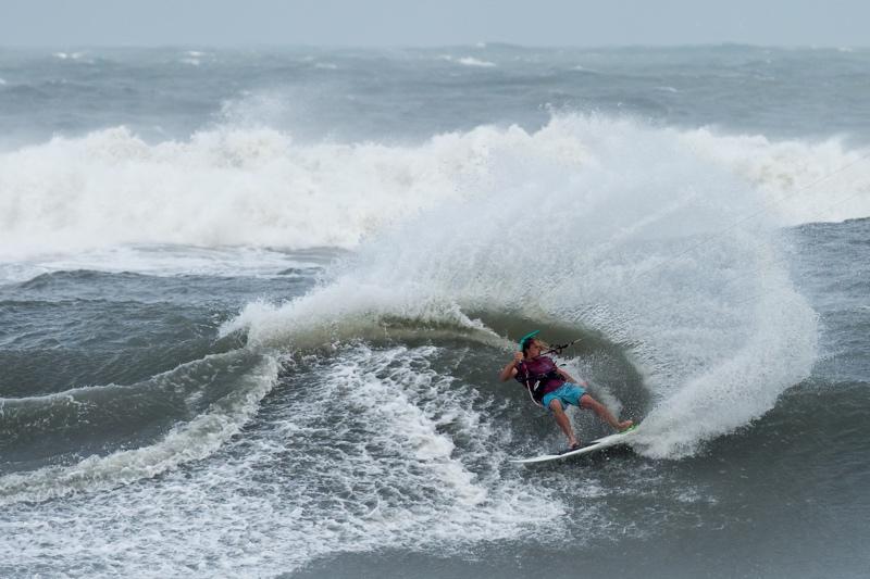 Reider Spray - The Cape Hatteras Wave Classic