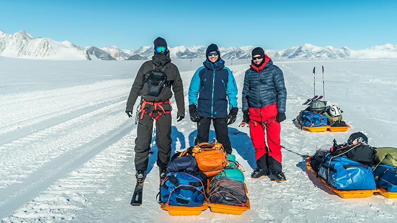 Johannes Aitzetmüller Matthias Haunholder Matthias Mayr Antarctica Team - NO MAN'S LAND: EXPEDITION ANTARCTICA