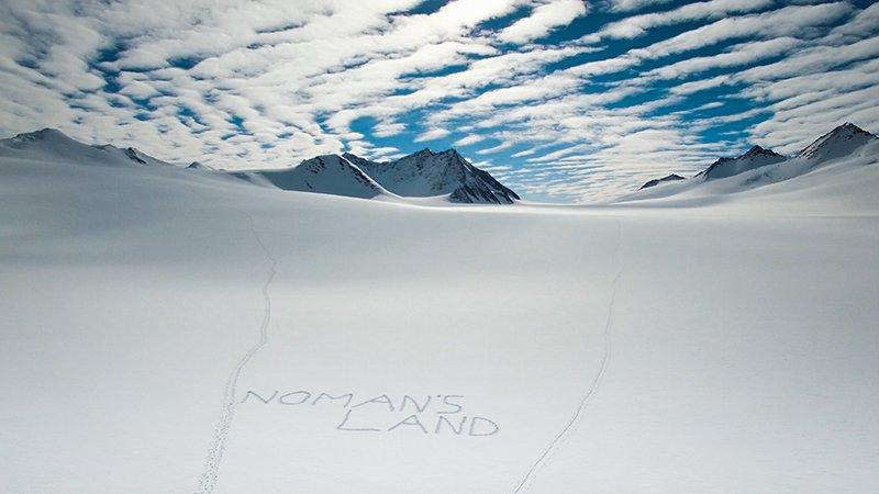No Mans Land Antarctica Sky Johannes Aitzetmüller 800x450 - NO MAN'S LAND: EXPEDITION ANTARCTICA