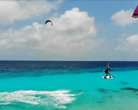 caribbean kite life dylan in bon 450x360 - Caribbean Kite Life - Dylan in Bonaire
