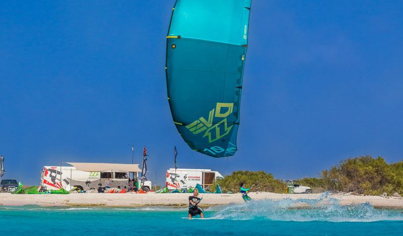 bonaire kitesurf 800x469 - Luxury summer destinations