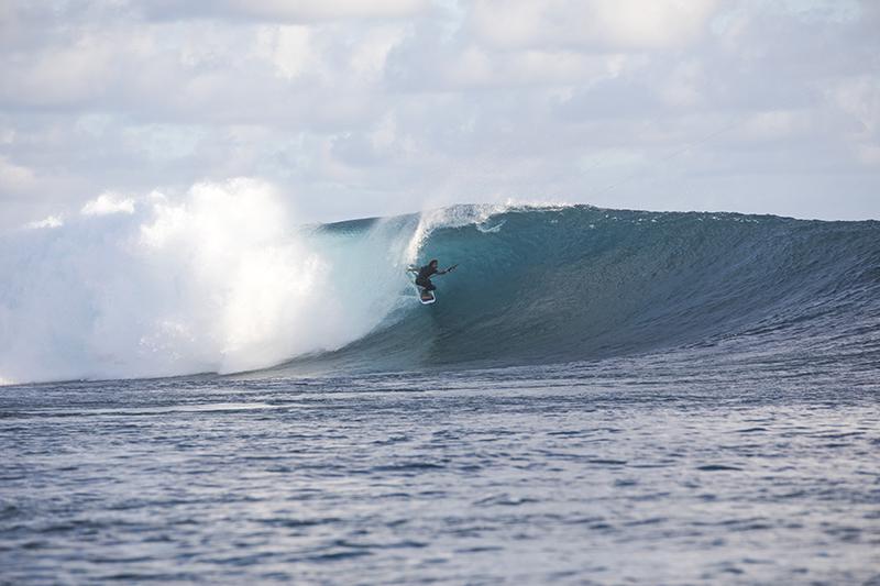 USE 8 - Paradise Island