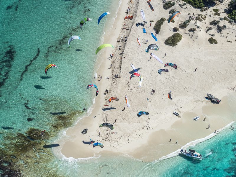 PN171210L2L 132 800x600 - The Red Bull Lighthouse to Leighton from Rottnest Island race is back!