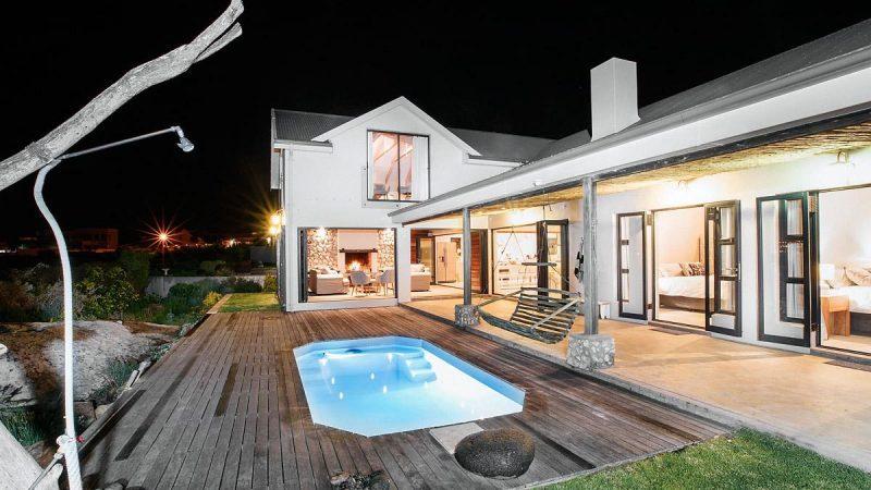 langebaan luxury villa 12 800x450 - Kitesurfing in Langebaan