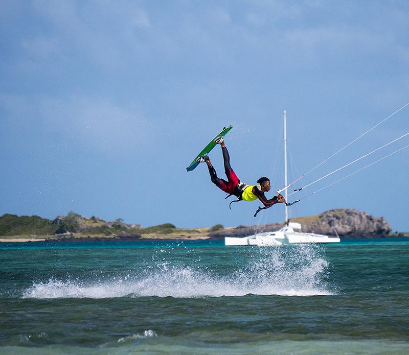 1400894 Pic Brenton Owens - Aussie Exploration: Rodrigues