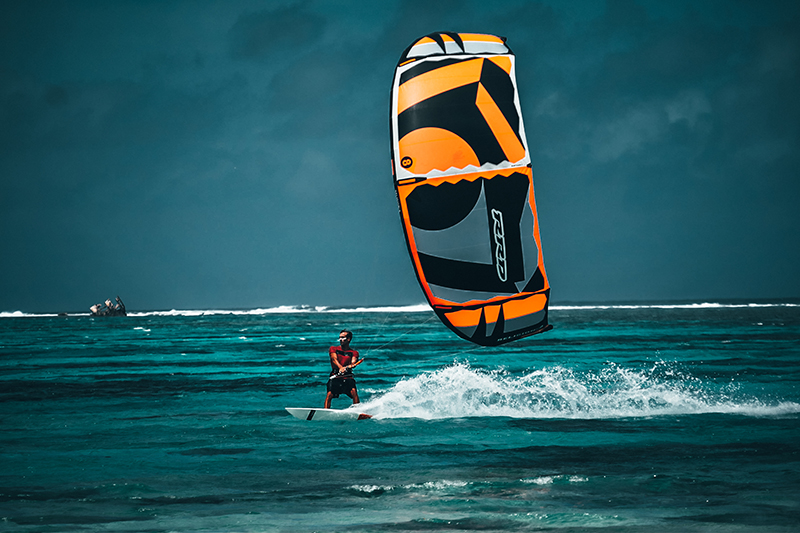 tropical training - THEKITEMAG ISSUE #30