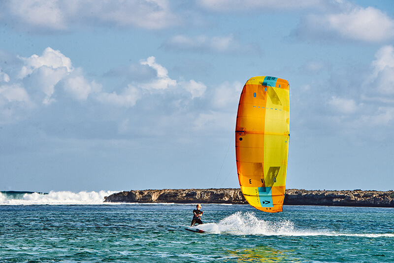 263 SK DOWNWIND - Choose Mauritius...