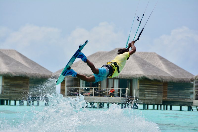 kitesurfing travel holiday maldives 800x533 - Top 5 luxury island kitesurf holidays