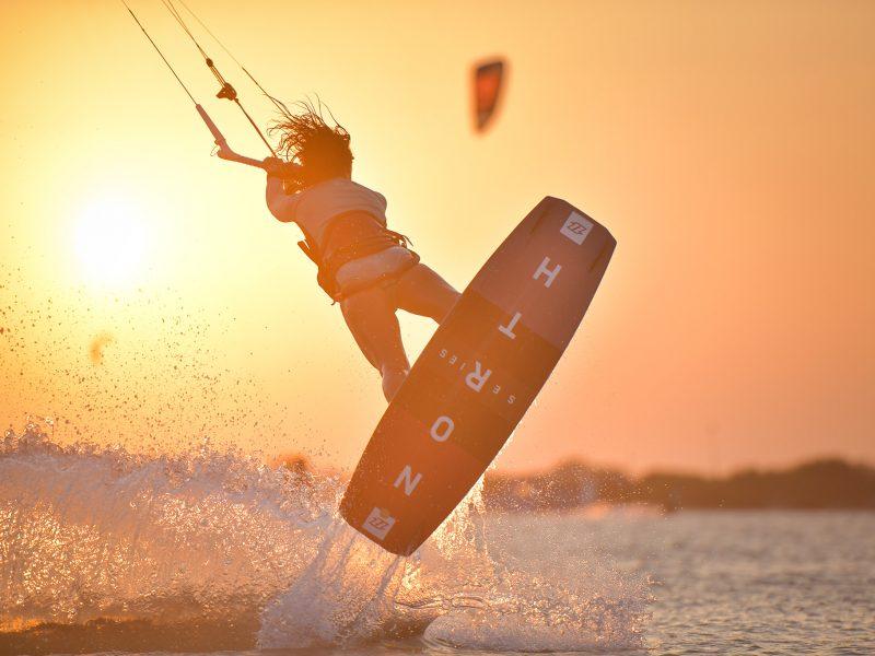 ALX 2700 800x600 - Kitesurfing Lanka - Sri Lanka