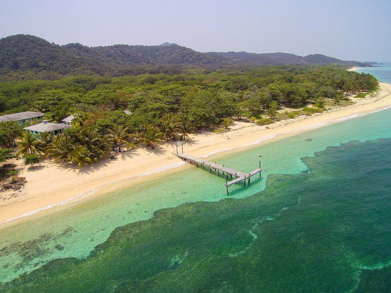 CBL Arial 00056 800x600 - Kitesurf Roatan & Camp Bay Lodge - Honduras