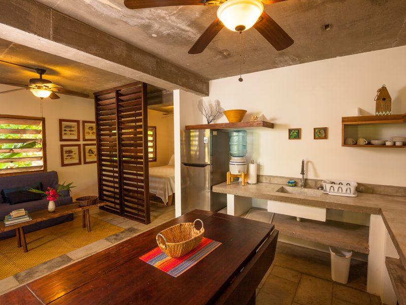 Hotel Camp Bay Lodge 1 800x600 - Kitesurf Roatan & Camp Bay Lodge - Honduras